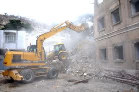 تخریب ساختمان در آجودانیه و انتقال نخاله ساختمانی