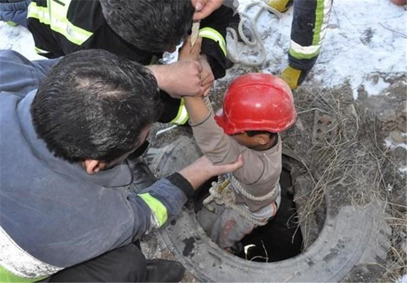نجات کودک گرفتار در چاه ۱۶۰ متری پس از ۸ساعت