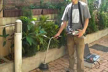 ترکیدگی لوله آب تشخیص ترکیدگی و نشتی لوله آب با دستگاه و رفع نم و رطوبت ساختمان